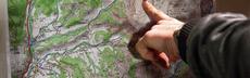 Germanwings absturzstelle karte hand dpa