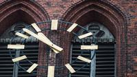 Germanwings haltern kirche uhr dpa