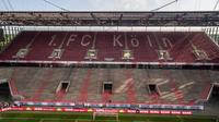 K%c3%b6ln stadion stehplatztrib%c3%bcne %281 von 1%29